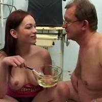 Plassex met oude man